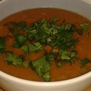 Spicy carrot and red lentil soup